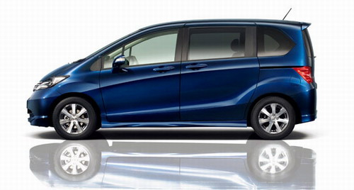 Honda Freed On Sale in Japan